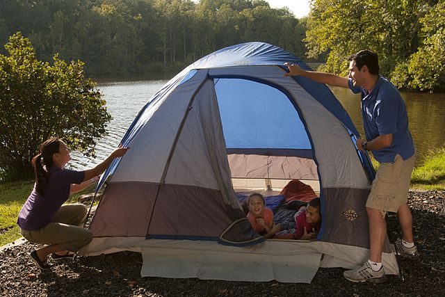6 Best Family Tent Reviews-Buyer Guide 2021