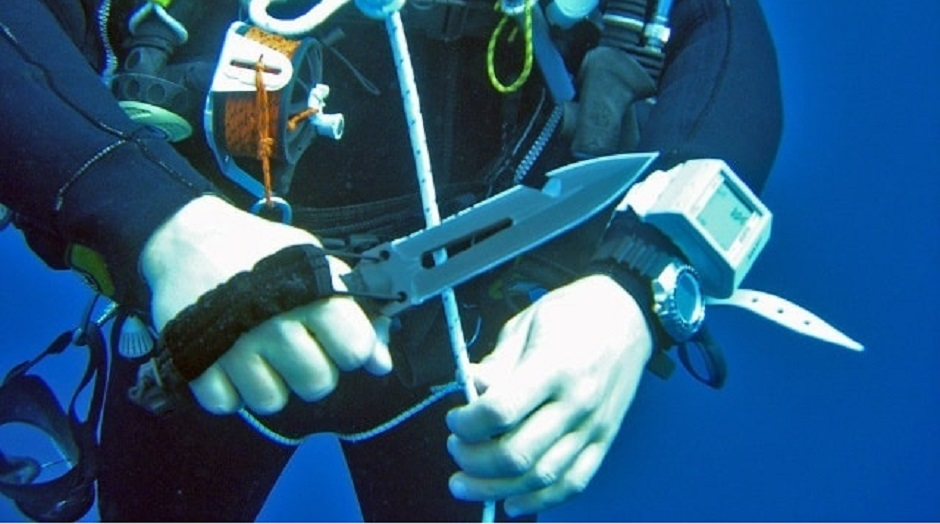 Diving knives