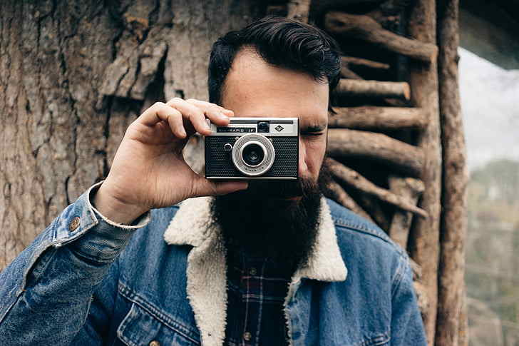 10 Best Point and Shoot Cameras Reviews-Buyer Guide 2021