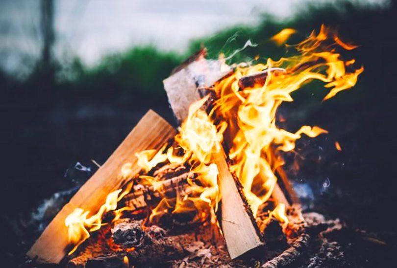campfire teepee