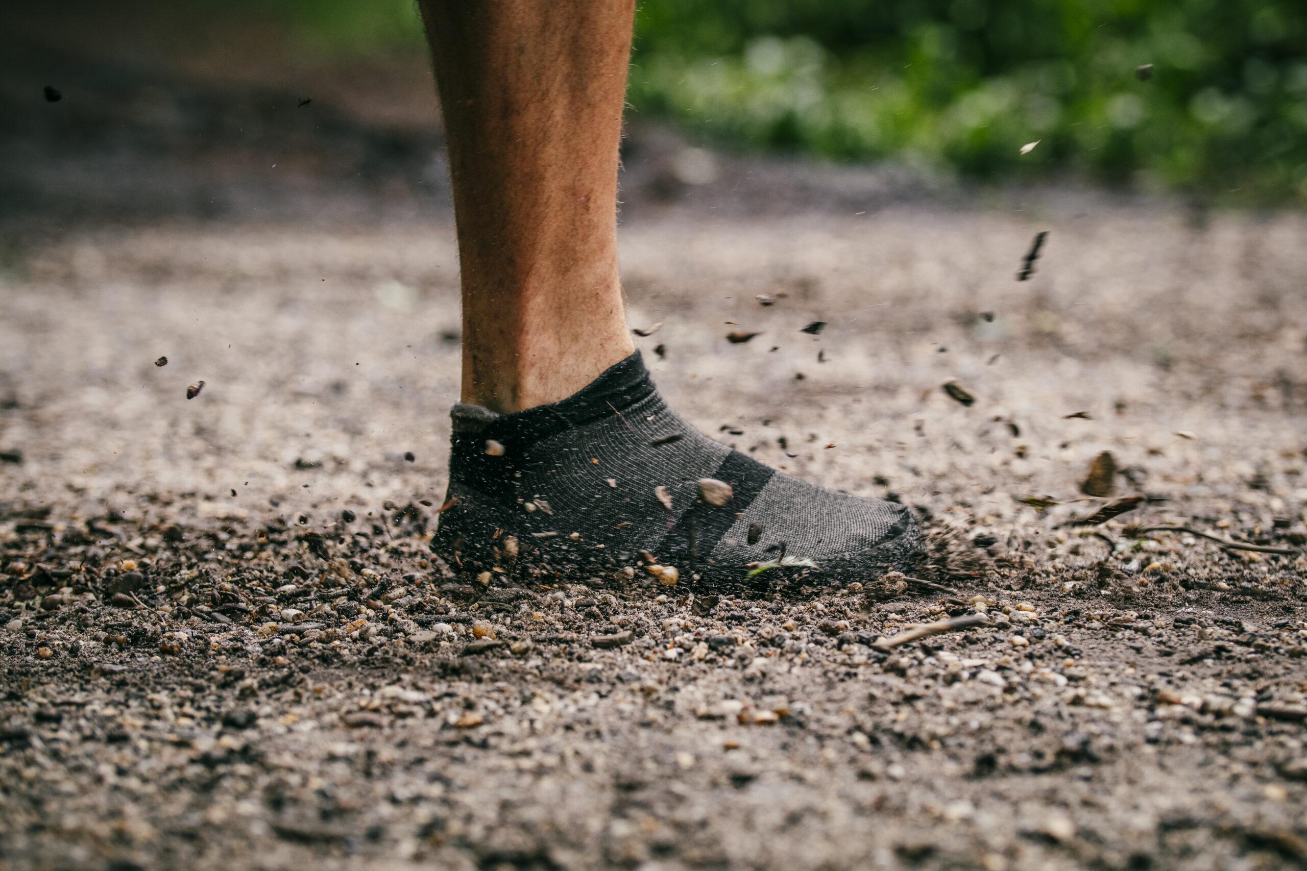 Grab Versatile Bare Socks To Feel The Nature